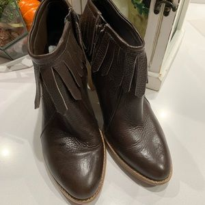 Antonio Melani 9.5 brown fringe bootie boot